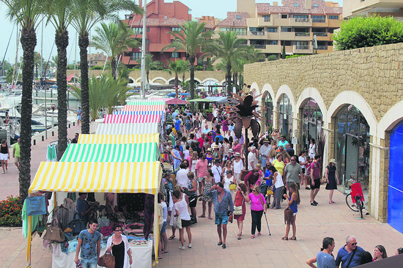 mercado-domingo-sotogrande